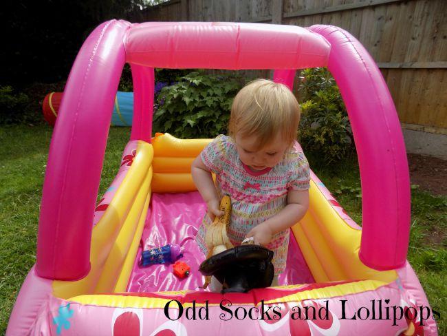 Fun garden activities for toddlers odd socks and lollipops for Garden activities for toddlers